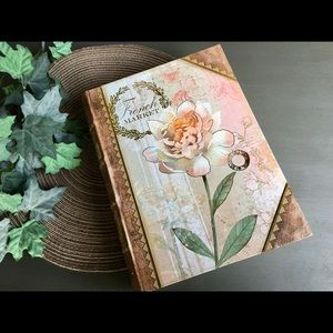 French Market Book Storage Box - NEW